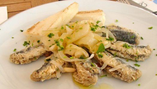 Sarde in saor: ricetta e storia di un piatto tipico veneziano