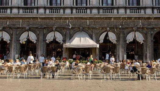 Caffè a Venezia: storia e cultura di una bevanda simbolo d'italianità