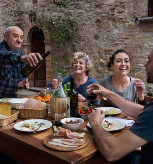 mangiare con la famiglia