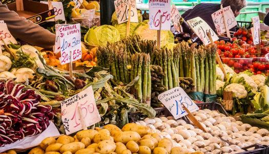 I colori del quotidiano: 5 mercati di frutta e verdura a Venezia da ricordare