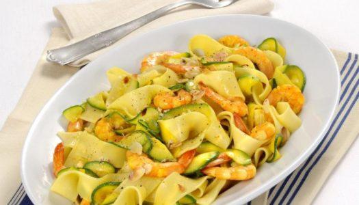Pasta con gamberi e zucchine: la ricetta
